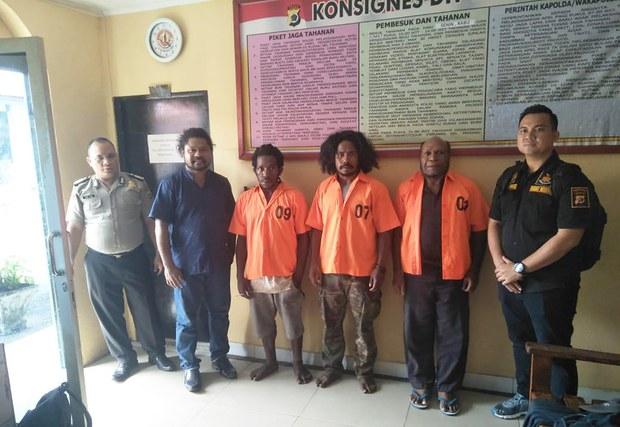 i190117_ID_Papua_1000.jpg