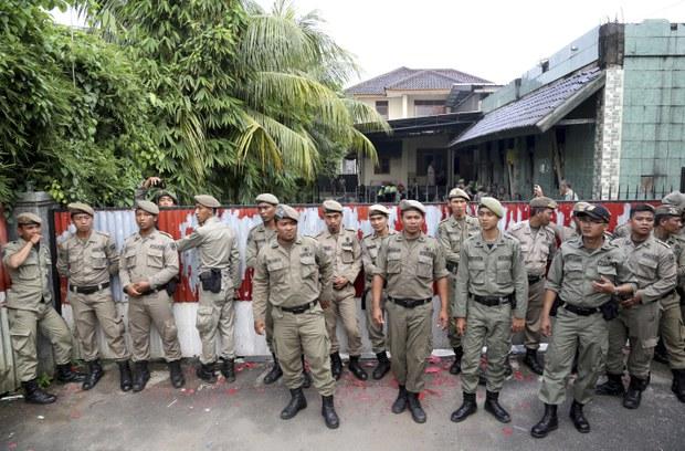 Polisi Tahan 21 Tersangka Perusak Masjid Ahmadiyah di Kalbar