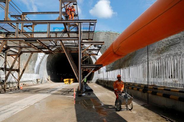 Proyek Kereta Cepat Jakarta-Bandung Dibayangi Tuduhan Kerusakan Lingkungan