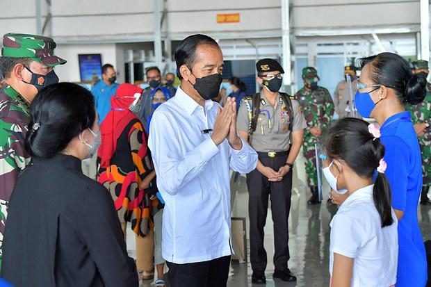 Pemerintah Beri Santunan Rumah dan Beasiswa Bagi Keluarga Awak Nanggala-402