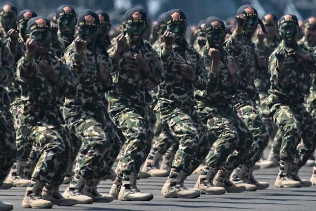 200903_ID_TNI_posed_1000.jpg