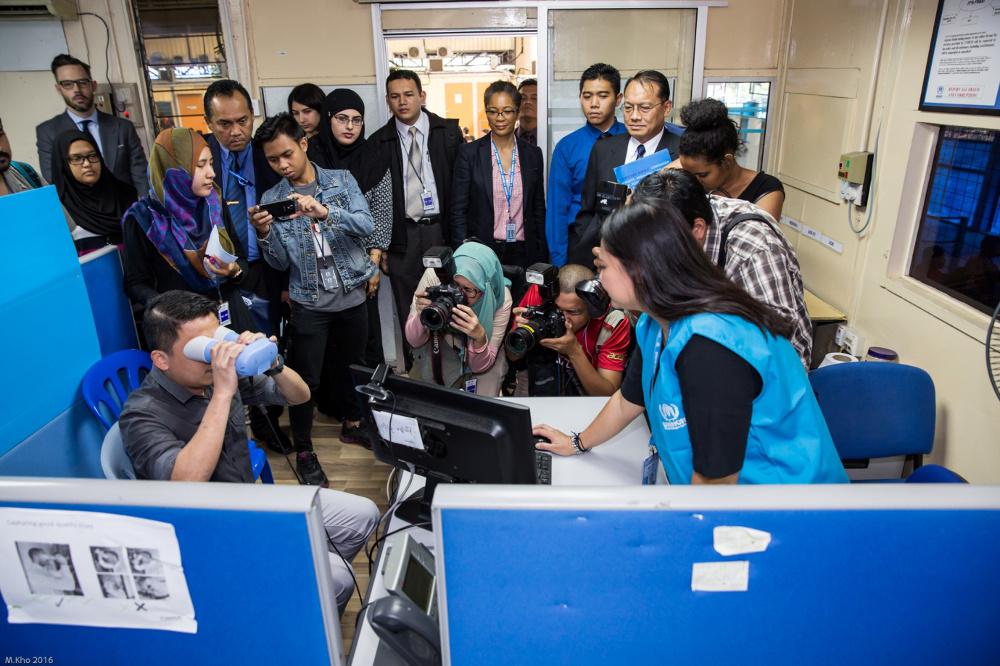 UNHCR Malaysia Perkenal Kad Pengenalan Pintar Untuk Pelarian