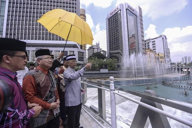 Agong Titah Ahli Parlimen Yang Namakan Calon PM Dari UMNO Menghadap