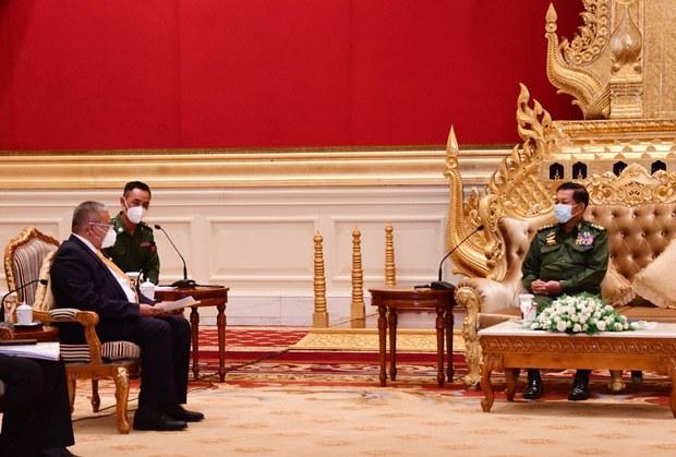 Pegawai ASEAN Bertemu Ketua Junta Myanmar, Serah Nama Calon Utusan Khas