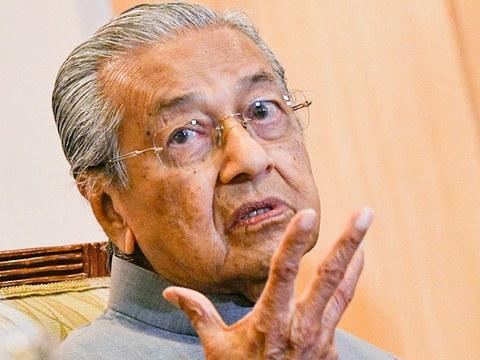 Bekas Perdana Menteri Malaysia, Mahathir Mohamad semasa sidang media di Yayasan Kepimpinan Perdana, Putrajaya, 3 September, 2020.