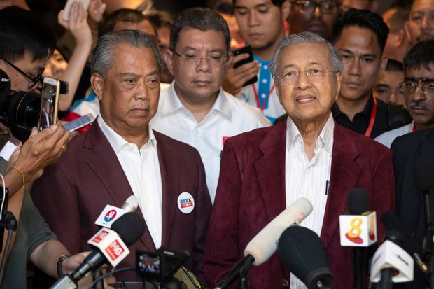 200228-MY-Mahathir-Muhyiddin1000.jpg