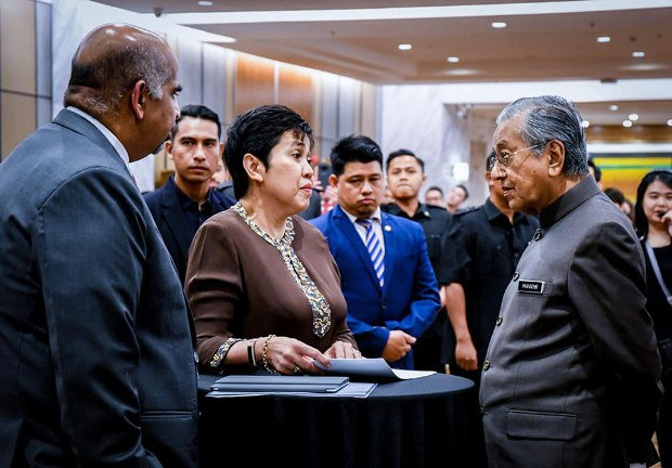 191105-MY-Mahathir-Terrorism620.jpg