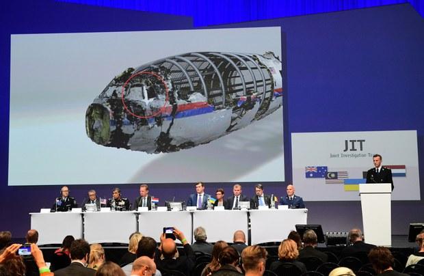 160928-MY-MH17-1000.jpg