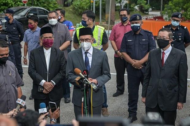 UMNO Yakin Kembali Berkuasa, Ahli Parlimen Berlumba Namakan Calon PM