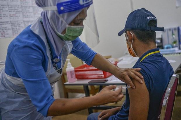 Malaysia Umum Dana AS$2.4 juta Bantu Individu Terkesan Akibat Vaksin COVID-19