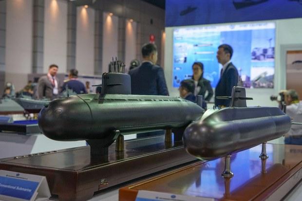 ผบ.ทร. ชะลอแผนซื้อเรือดำน้ำจีนสองลำ ในปีงบประมาณ 65