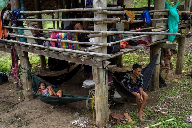 กต.แถลงชาวเมียนมาอพยพเข้าฝั่งไทยกว่า 2 พันรายแล้ว